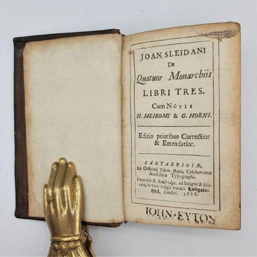 Quatuor Monarchiis Books de Tres (1)